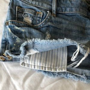 Abercrombie & Fitch Shorts - Abercrombie & Fitch denim shorts